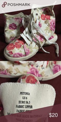 JUSTFAB Petunia high top sneakers Cute cute cute.. petunia floral print JustFab Shoes Sneakers