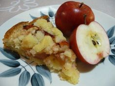 Kaikkien kehuma omenapiirakka – Apple pie, recipe in Finnish C = F) Apple Pie Recipes, Baking Recipes, Baking Ideas, No Bake Desserts, Delicious Desserts, Finnish Cuisine, Finnish Recipes, Best Apple Pie, Sweet Pastries