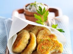 Croquettes de crabe Great Appetizers, Appetizer Recipes, Snack Recipes, Cooking Recipes, Yummy Snacks, Yummy Food, Homemade Sauerkraut, Oven Vegetables, Recipes From Heaven