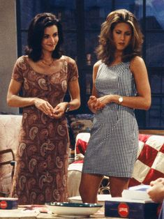 Take a look at the outfits from Friends' resident fashion girl Rachel Green that stand the test of time.