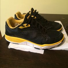 14259f8eaf40 Nike Live Strong Sneakers Gently used (maybe 3 times) Live Strong sneakers.  Sized