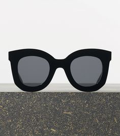 Céline Marta Sunglasses #celine #sunglasses #blackacetate #greylences @smokyrags
