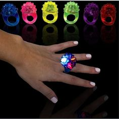 1x LED FLASHING BLINKING SOFT JELLY RING RAVE PARTY WEDDING BAR MITZVAH FAVORS Prom Supplies Bar Club Decorations Finger Rings