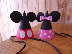 Minnie/Mickey party hats.