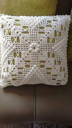 Nluedoildu 6 Bluedoilyfromli n Tredggg Filet Crochet, Crochet Motifs, Crochet Quilt, Granny Square Crochet Pattern, Crochet Squares, Crochet Home, Crochet Blanket Patterns, Crochet Crafts, Crochet Doilies