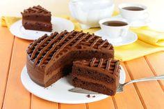 Przepis na Tort czekoladowy - VIDEO