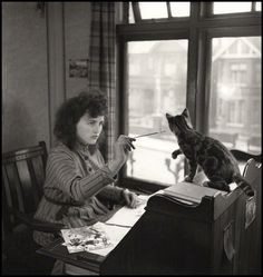 National Portrait Gallery, London : Illustrator Erica Macdonald, 1947 by John Gay Cool Cats, I Love Cats, Crazy Cat Lady, Crazy Cats, Celebrities With Cats, National Portrait Gallery, Cat People, Beautiful Cats, Cat Art