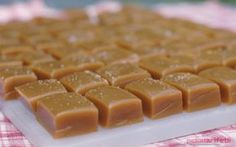Cannabis Caramels Perfect little treat that packs a punch! This sweet and delicious cannabis caramels recipe is super duper easy… about 20 minutes. Ingredients: 1 cup cannabis butter 2 ¼ cup brown sugar dash of salt 1 cup light corn syrup 1 oz. Weed Recipes, Marijuana Recipes, Cannabis Edibles, Cooking Recipes, Caramel Recipes, Candy Recipes, Special Recipes, Food And Drink, Cookies