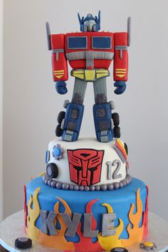Optimus Prime of Transformers. All handmade, all edible. A challenging project for me.