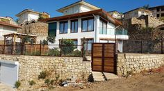 https://www.alanya.co.uk/turkey/private-home-villa-sale-alanya-turkey-220-000-euro/
