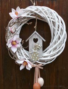 Wreath Crafts, Diy Wreath, Mesh Wreaths, Decor Crafts, Easter Wreaths, Holiday Wreaths, Holiday Crafts, Diy Ostern, Wreath Forms