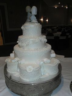 Cakes By Mindy At Receptions www.receptionsinc.com/weddings/cakes