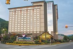 November 13, 1997: Harrah's #Cherokee Casino—the first casino in #NorthCarolina—opened in Cherokee on the reservation of the Eastern Band of Cherokee Indians .