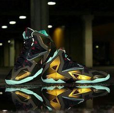 Nike Lebron 11 parachute gold Tenis Lebron James 4c41e2f857