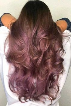 Trendy Hair Color : Chocolate lilac hair: how miraculous it looks dont you think? This new hair Purple Brown Hair, Brown Blonde Hair, Lilac Hair, Brown Hair Colors, Green Hair, Ombre Hair, Hair Dye, Red Purple, Violet Hair Colors