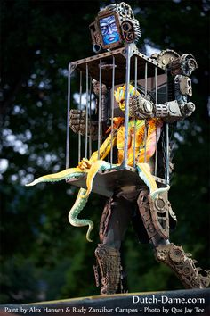 Merman Costume, Stilt Costume, Realistic Halloween Costumes, Scary Halloween, Halloween 2020, Halloween Stuff, Steampunk Emporium, Body Painting Festival, Steampunk Circus