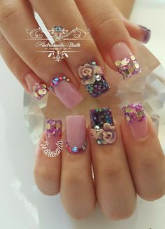 Wow really pretty nail art for short nails with glitter stones and flowers art 3d Nails, Pink Nails, Glitter Nails, Cute Nails, Pretty Nail Designs, Pretty Nail Art, Best Acrylic Nails, Flower Nails, Creative Nails