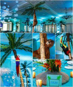 Bat Mitzvah Centerpieces for Beach Island Theme - Balloons, Monkeys, Parrots, Trees {By Balloon Artistry, Sarah Merians Photography} - mazelmoments.com