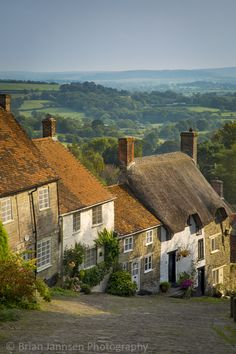 Gold Hill cottages, Shaftesbury, Dorset, England. © Brian Jannsen Photography
