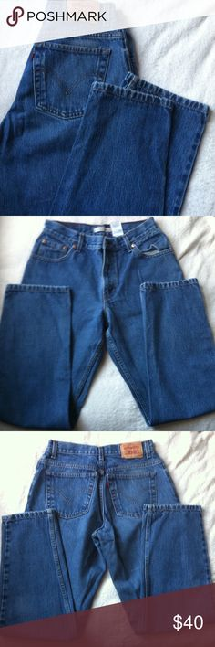 Levi's High Waist Jeans Size 10 • excellent used condition • style: 550- high waist, tapered leg • medium wash • brand: levi's • size: 10 (women's) • no trades • Levi's Jeans