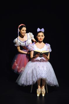 I love the ballet coppelia! It's about an inventor who invents a doll! a man falls in love with the doll. A girls who loves the man sabotages the doll and gets in big big trouble! Tutu Ballet, Ballet Dancers, Ballet Costumes, Dance Costumes, Ballet Pictures, Dance Pictures, Female Dancers, Beautiful Costumes, Ballet Beautiful