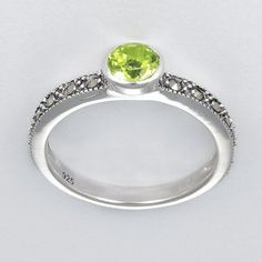 Amazon.com: Aura 925 Sterling Silver Marcasite Ring with Natural Peridot Gemstone Size 7: (50% DISCOUNT)