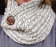 Hand-knitted Infinity Cowl with wood button