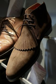 Sweet J.Fitzpatrick Chukka boots - love the fringe
