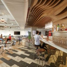 Ultraconfidentiel recently completed the highly adaptive offices for distilled beverages company, Pernod Ricard, located in Gurgaon, India. Salon Interior Design, Flat Interior, Small Apartment Design, Apartment Interior, Pernod Ricard, Fusion Design, Bungalow, Architect Design, Tile Design