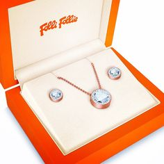 Treat your loved one to luxury jewellery from in this Whether they are a in the fashion world or deserve something special, these gift sets are exactly what you are looking for, from Gift Sets, Secret Santa, Inspirational Gifts, Luxury Jewelry, Gift Guide, Jewellery, Street, Christmas, Fashion