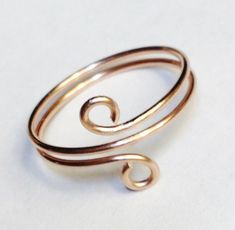 Rose Gold Ring, Toe Ring, Rose Gold Wire Wrapped Ring, Gold Filled Spiral Ring, Rose Gold Jewelry - Rose Gold Ring Toe Ring Rose Gold Wire Wrapped Ring Best Picture For gemstone jewelry Fo - Wire Jewelry Designs, Handmade Wire Jewelry, Beaded Jewelry, Diy Wire Jewelry Rings, Wire Bracelets, Prom Jewelry, Beaded Rings, Etsy Jewelry, Jewelry Box