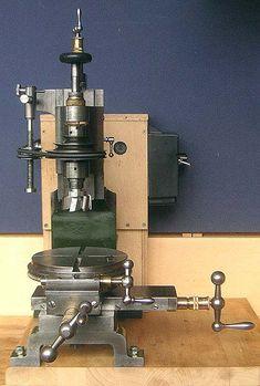 Old milling machine Antique Tools, Old Tools, Vintage Tools, Small Milling Machine, Lathe Machine, Metal Working Machines, Metal Working Tools, Metal Mill, Skill Tools