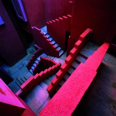 Inside look into 'La Muralla Roja' – the Red Wall, a residential building in Calp, Spain designed by architecture office Ricardo Bofill Taller de Arquitectura, 1973 Amazing Architecture, Architecture Details, Interior Architecture, Staircase Architecture, Installation Architecture, Colour Architecture, Spanish Architecture, Architecture Diagrams, Building Architecture