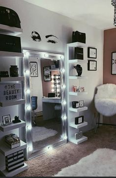 Cute Bedroom Decor, Room Design Bedroom, Bedroom Decor For Teen Girls, Teen Room Decor, Stylish Bedroom, Room Ideas Bedroom, Rich Girl Bedroom, Dream Teen Bedrooms, Girl Bedroom Designs