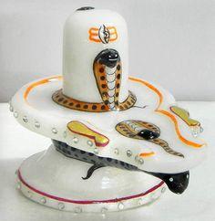 Main to vairagi hun. Na kisi Sammaan ka moh hai., Na kisi Apmaan ka bhay. Lord Shiva Pics, Lord Shiva Hd Images, Lord Shiva Family, Mahakal Shiva, Shiva Statue, Shiva Art, Krishna Hindu, Rudra Shiva, Shiva Shankar