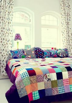 When you say patchwork the first thing that comes to mind is Grandma's patchwork quilt. While vintage quilts are lovely, the patchwork I a. Quilt Inspiration, Color Inspiration, Interior Inspiration, Decoration Shabby, Patchwork Quilting, Patchwork Bedspreads, Patchwork Blanket, Quilt Making, Sweet Home