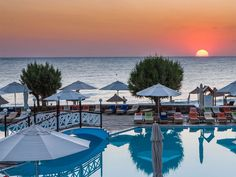 Creta Maris Beach Resort 5 Stars luxury hotel in Hersonissos Offers Reviews