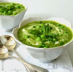 Sew French ~ Bonheur Maison: Creamy Fresh Pea Soup with Basil and Lime