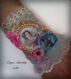 Jewelry bracelet, romantic shabby chic wrist cuff -antique laces, hand beaded…