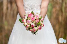 wedding, flowers, bride, wedding dress, marriage, trouwen, bruid, bruidsboeket, www.2rmbr.com