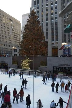Rock Center Christmas Pictures: Rock Center Ice Rink with Christmas Tree