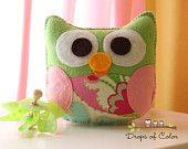 Felt Owl Plush Ornaments - Two Little Owls ready for Christmas - Christmas Decor. $20.00, via Etsy.