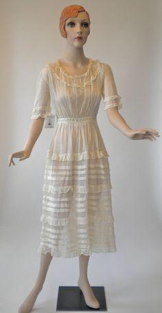 Vintage dress, circa 1920