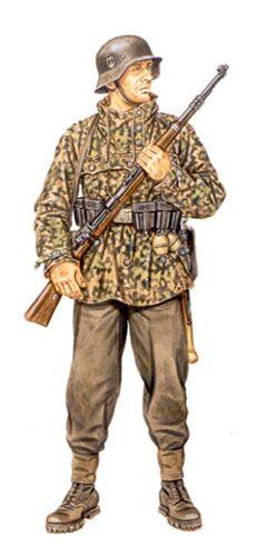 Waffen SS - Sturmmann, 24ª División Gebirgs de la Waffen SS, frontera Austro-Yugoslava, 1944.