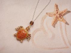 collier tortue des mers en fimo : Collier par maemele