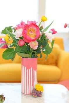 DIY Paint-Dipped Vase | lovelyindeed.com