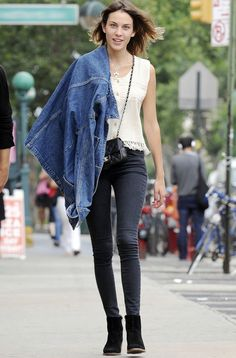 Alexa Chung with a casual London street style.