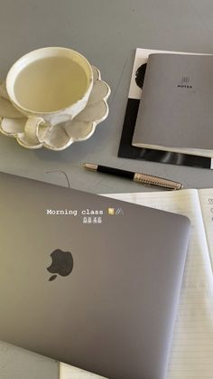 """""""""""understanding fashion: from business to culture"""" - week Creative Instagram Stories, Instagram Story Ideas, School Motivation, Study Motivation, Insta Photo Ideas, Instagram And Snapchat, Study Hard, Study Inspiration, Study Notes"""