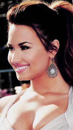 Demi Lovato one gorgeous woman