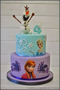 frozen birthday party cake Exceptional computed cake dcor tips check my source Frozen Themed Birthday Cake, Frozen Theme Cake, Frozen Themed Birthday Party, Disney Frozen Birthday, Themed Cakes, 4th Birthday, Turtle Birthday, Turtle Party, Carnival Birthday